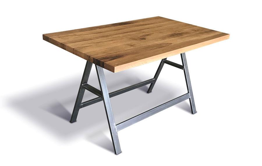 Modello di tavolo industrial Cavalletti di Ecomatrix