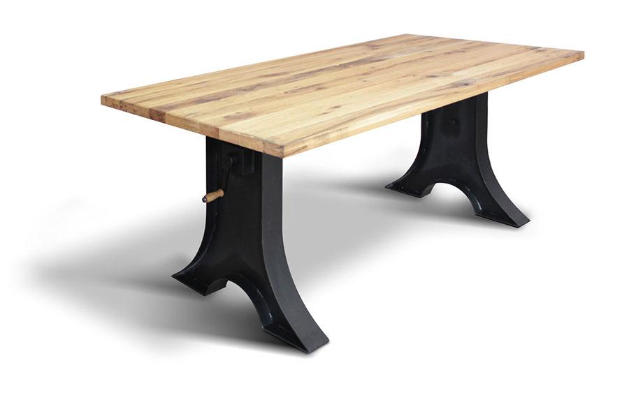 Modello di tavolo industrial Dallas di Ecomatrix