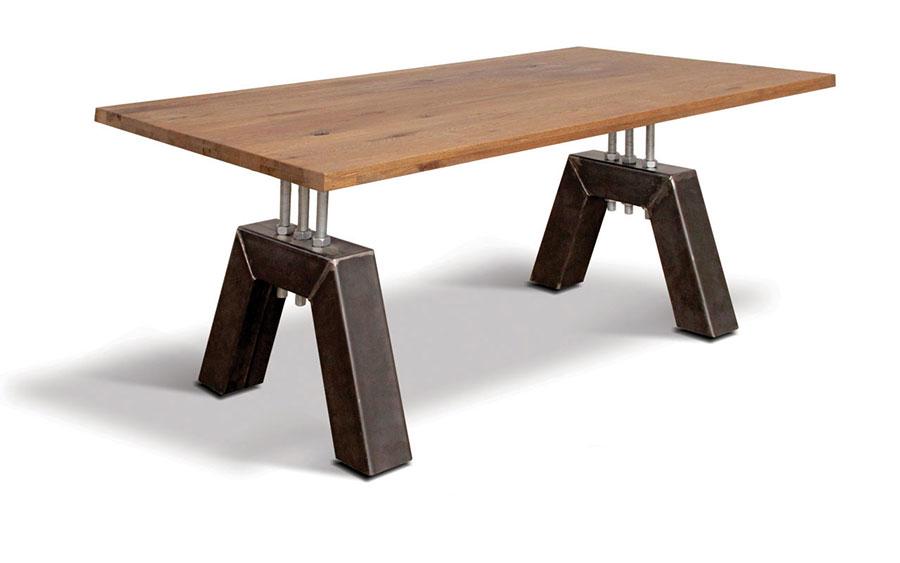 Modello di tavolo industrial Detroit di Ecomatrix