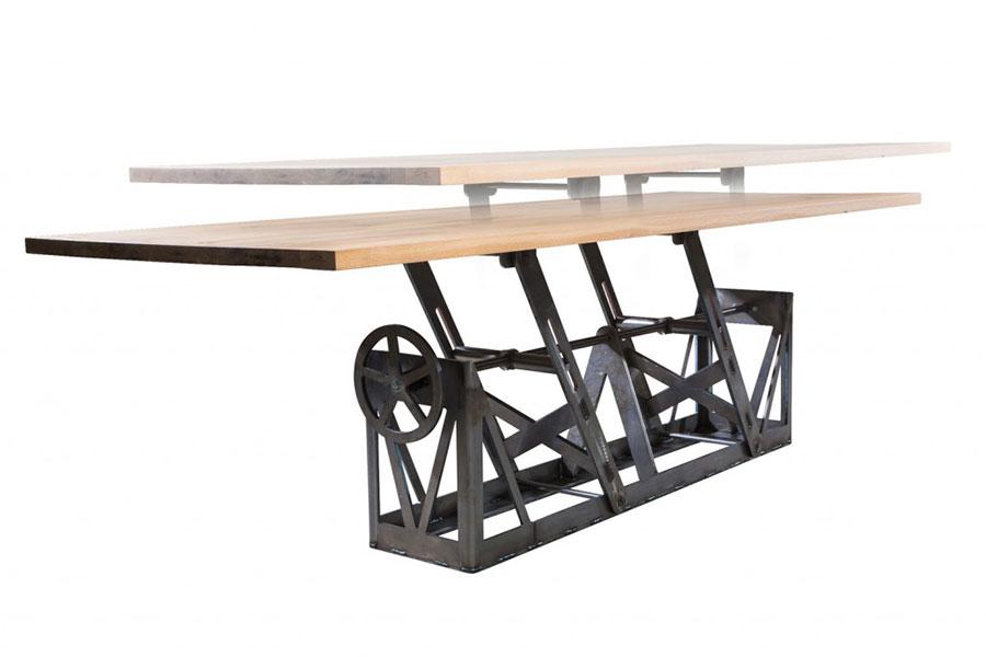 Modello di tavolo industrial Antico di Sturdy Legs n.5
