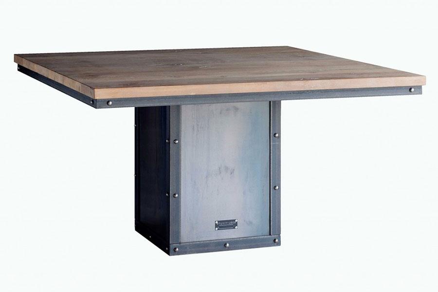 Modello di tavolo industrial Antico di Sturdy Legs n.7