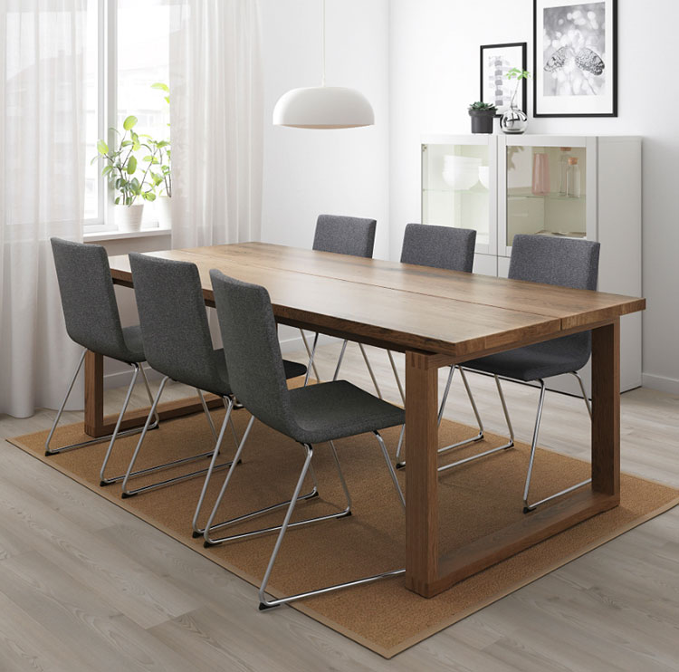 Modello di tavolo industrial Morbylanga di Ikea