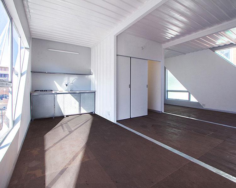 Foto del condominio costruito con container n.10
