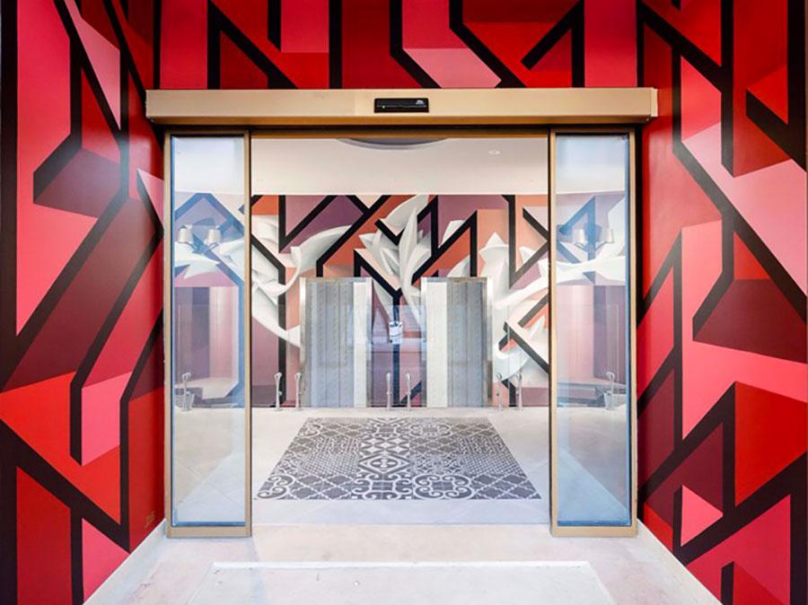 NYX Hotel street art n.01