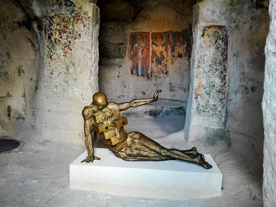 Opere di Salvador Dalì tra i Sassi di Matera n.6