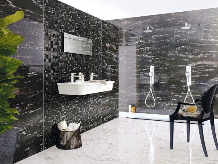 Come arredare un bagno in marmo nero n.21