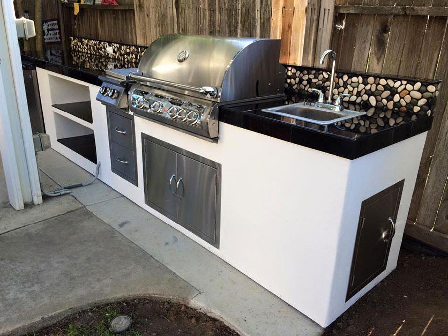 Foto di cucina in muratura da esterno n.11
