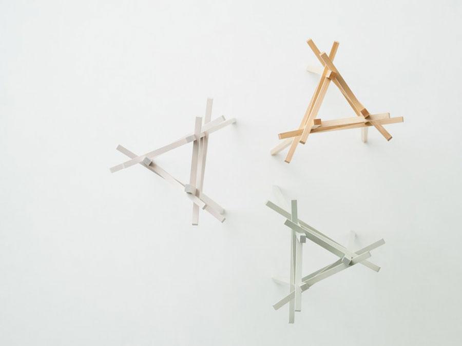 Modello di appendiabiti da parete moderno di design 01