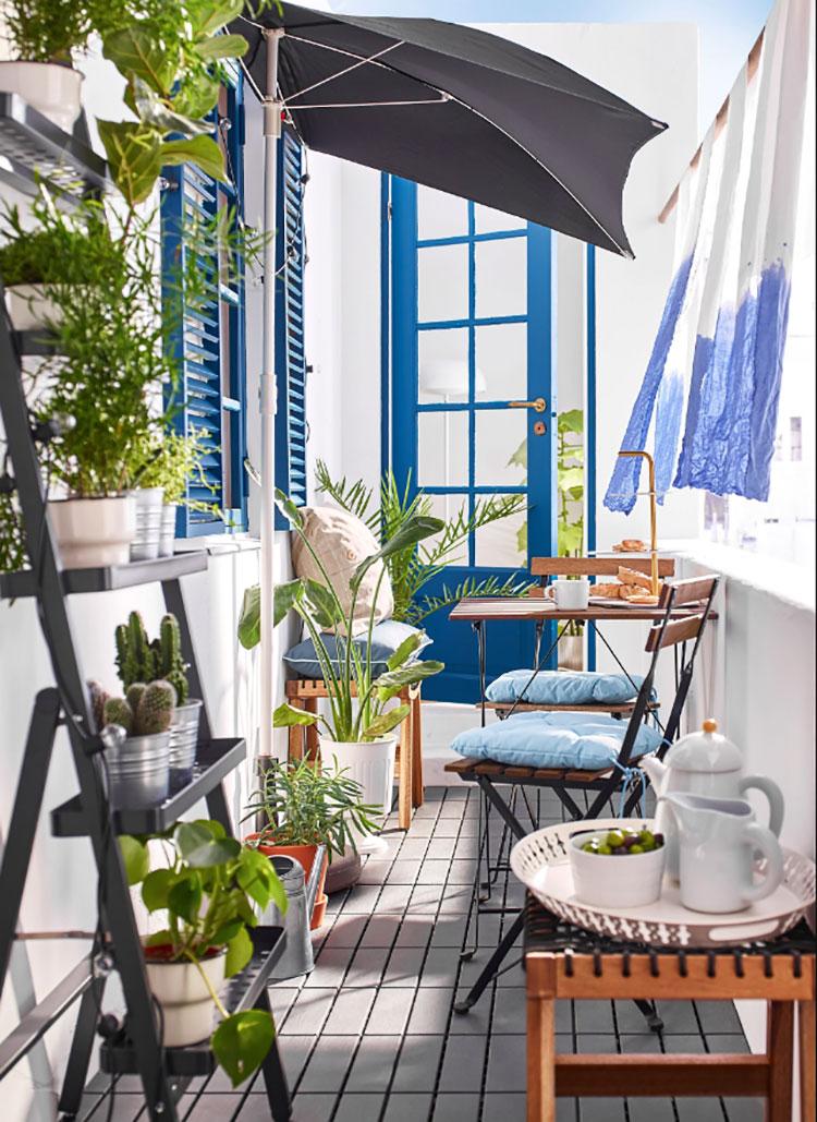 20 idee per arredare un balcone stretto e lungo for Arredare balcone