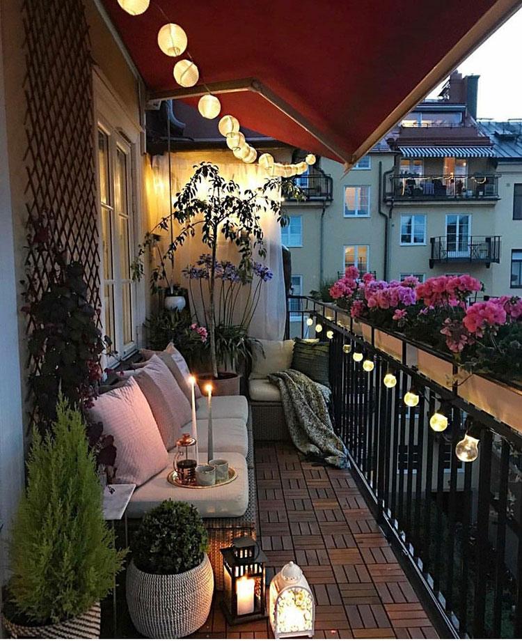 Idee su come arredare un balcone stretto e lungo n.06