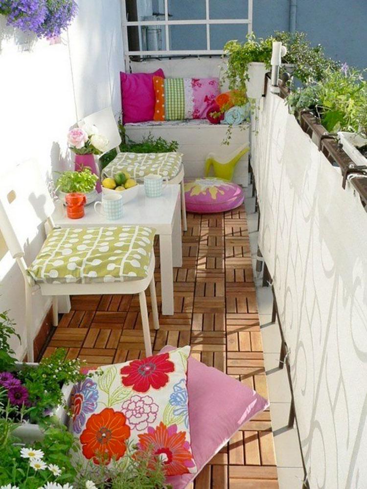 Idee su come arredare un balcone stretto e lungo n.18