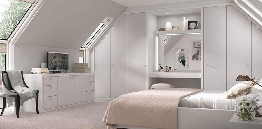 Arredamento grigio perla per la camera da letto n.19