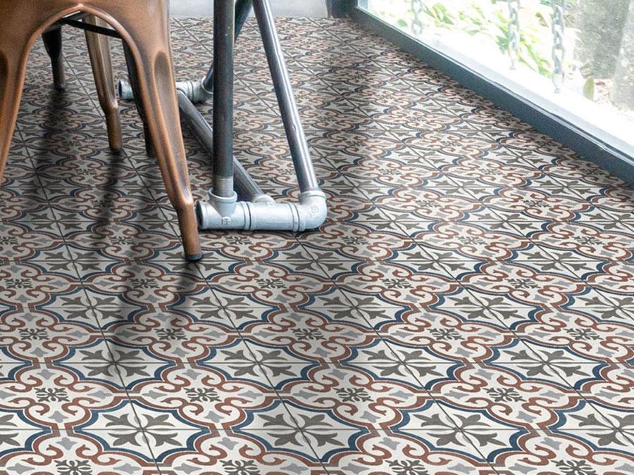 Modello di pavimento in gres porcellanato per cucina classica n.6