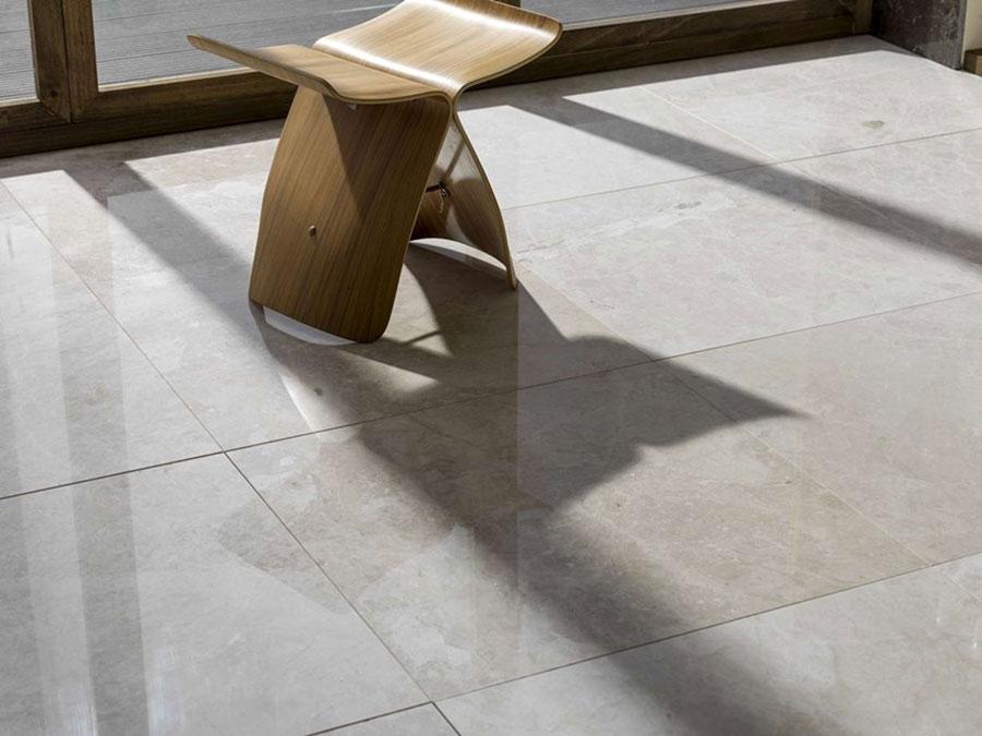 Modello di pavimento in marmo per cucina classica n.6