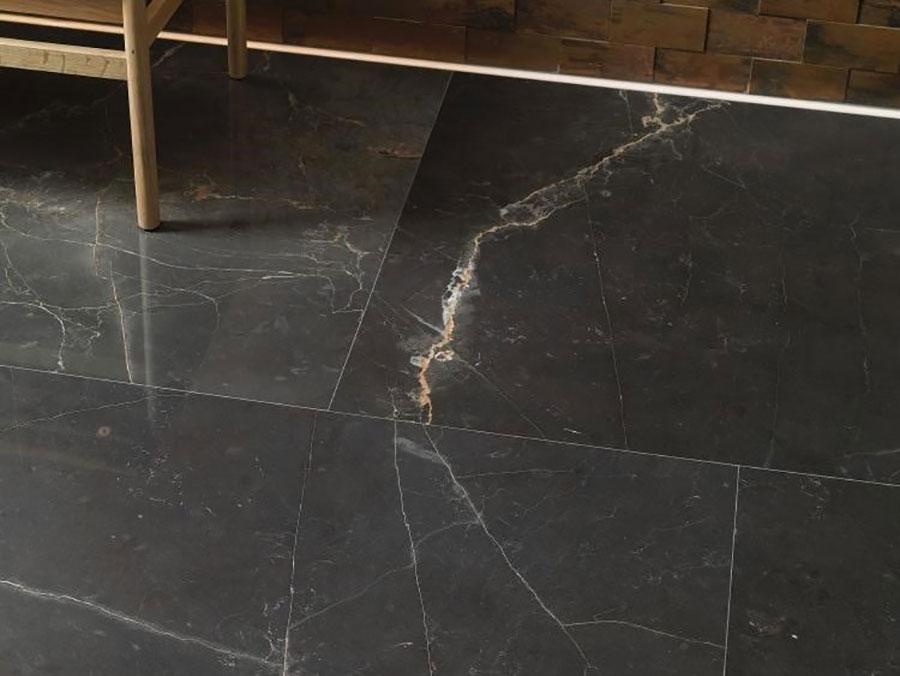 Modello di pavimento in marmo per cucina classica n.9