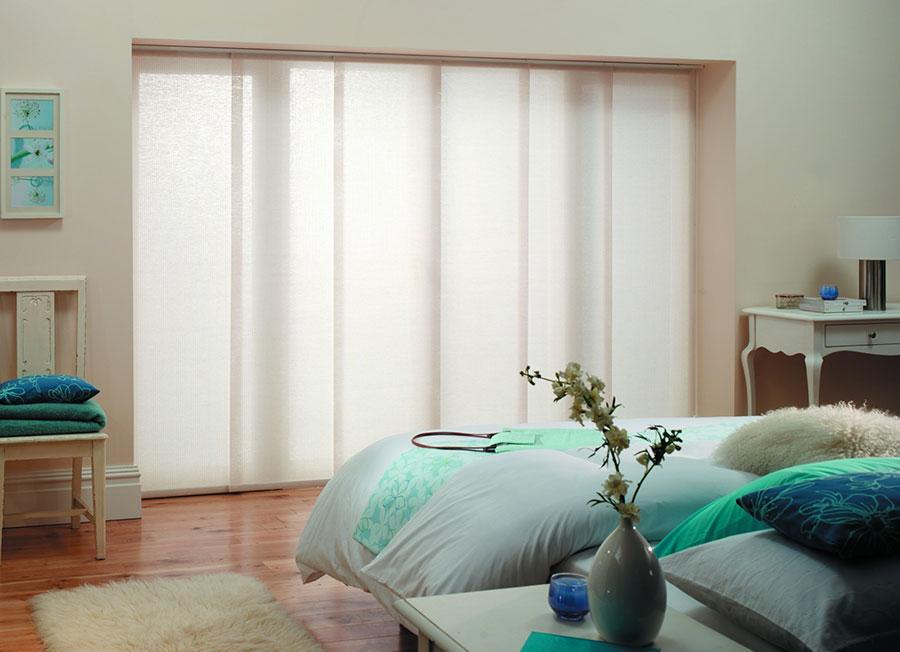 Modello di tende a pannello per camera da letto moderna n.05