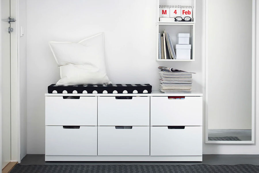 Idee per arredare un ingresso moderno con Ikea n.11
