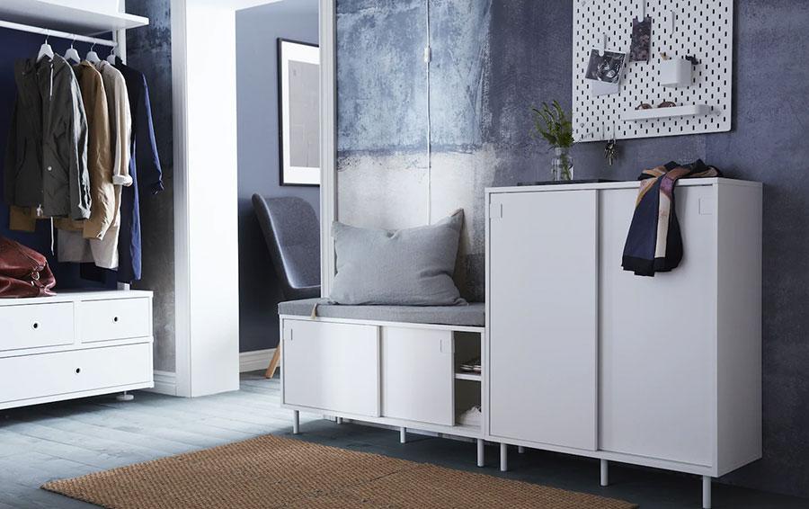 Idee per arredare un ingresso moderno con Ikea n.18