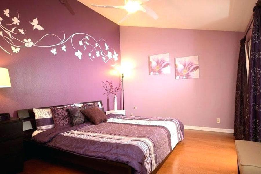 Colori rosa e viola per la camera da letto