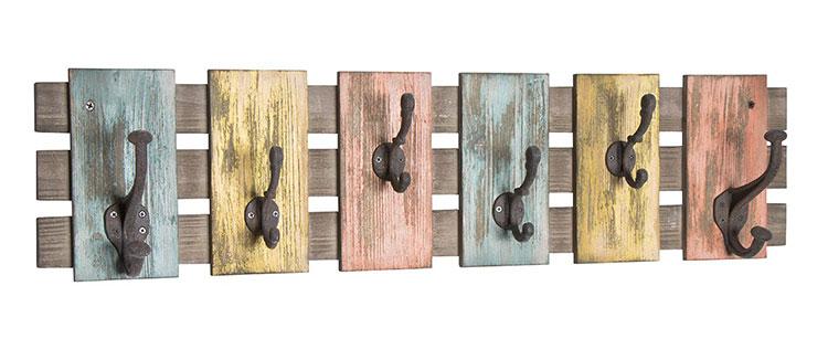Modello di appendiabiti da parete in legno in stile vintage n.02