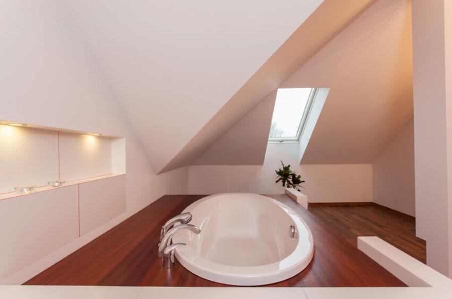 Progetto di un bagno in mansarda con vasca 3