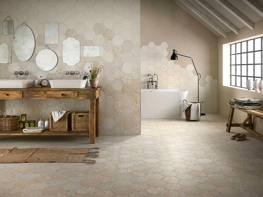 Quali rivestimenti scegliere per un bagno rustico 1