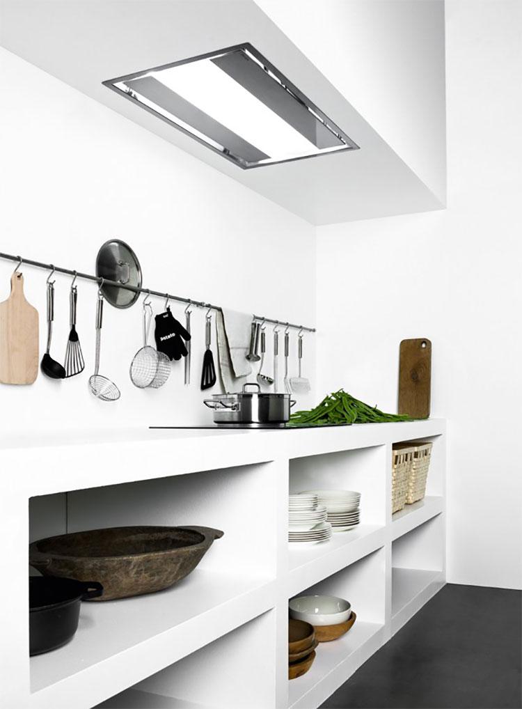 Modello di cappa per cucina a scomparsa Falmec Nuvola