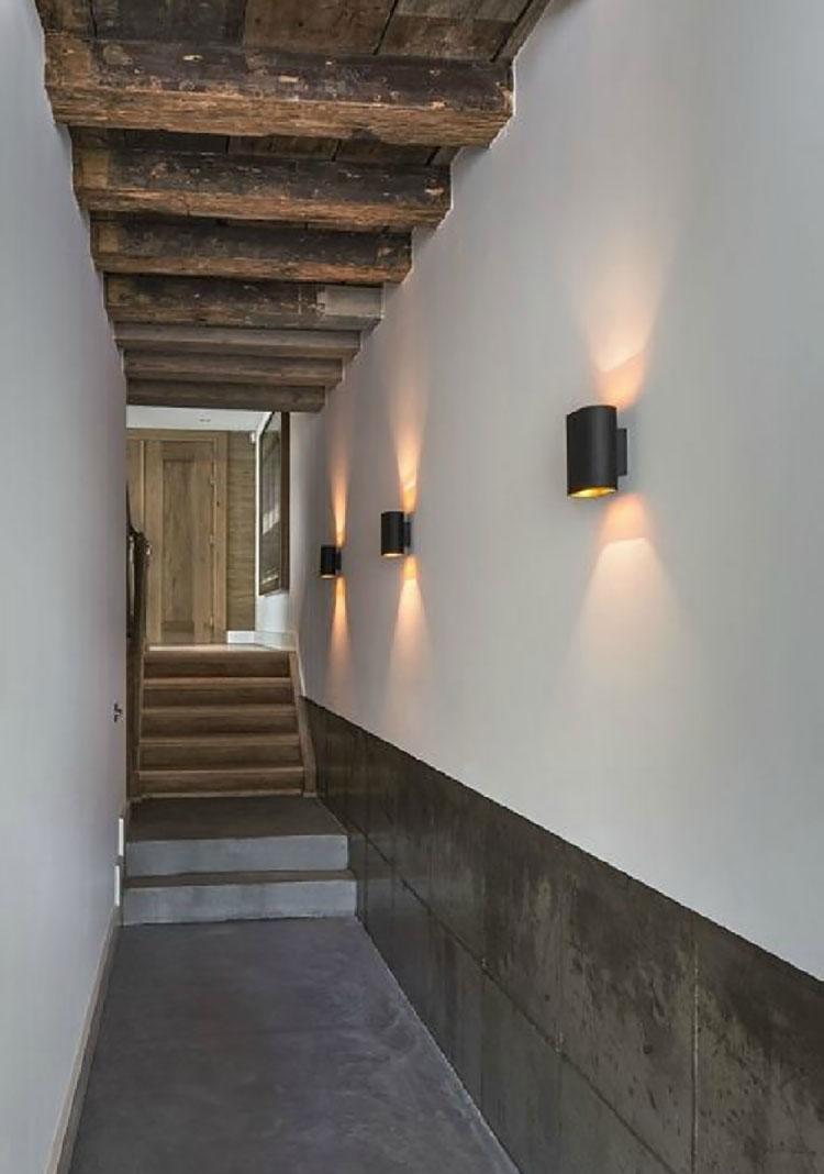 Idee per illuminare il corridoio con gli applique 1