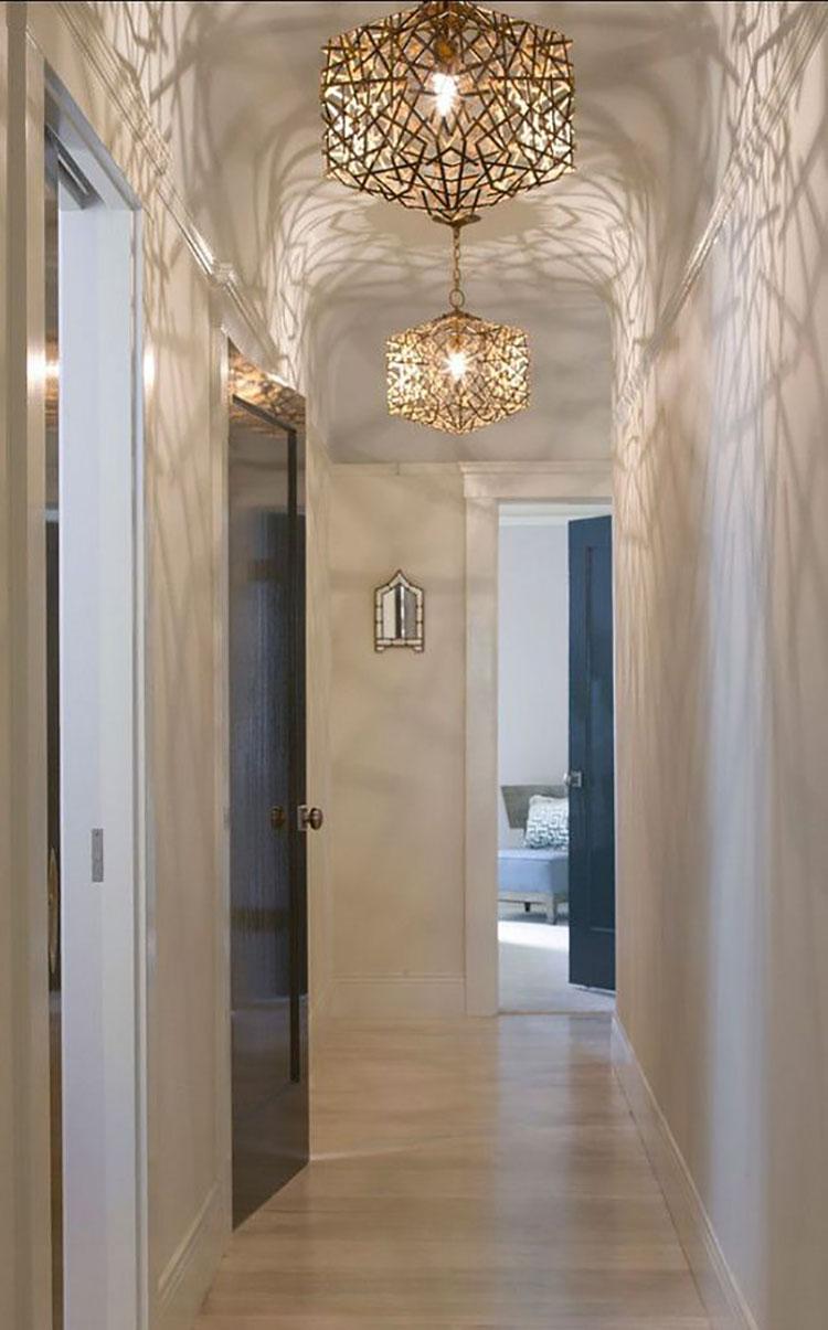 Idee per illuminare il corridoio con i lampade a sospensione 6