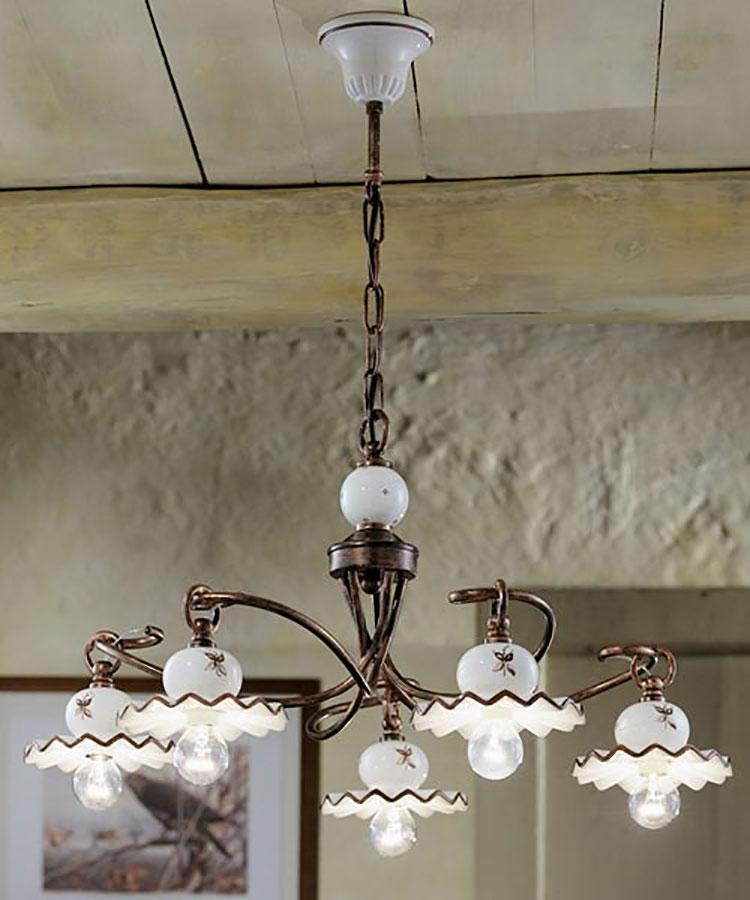 Modello di lampadario vintage in ferro battuto n.2