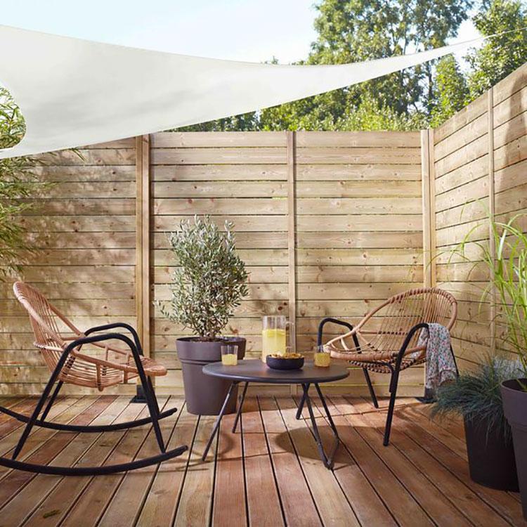 Idee per abbellire un terrazzo con elementi di arredo n.2