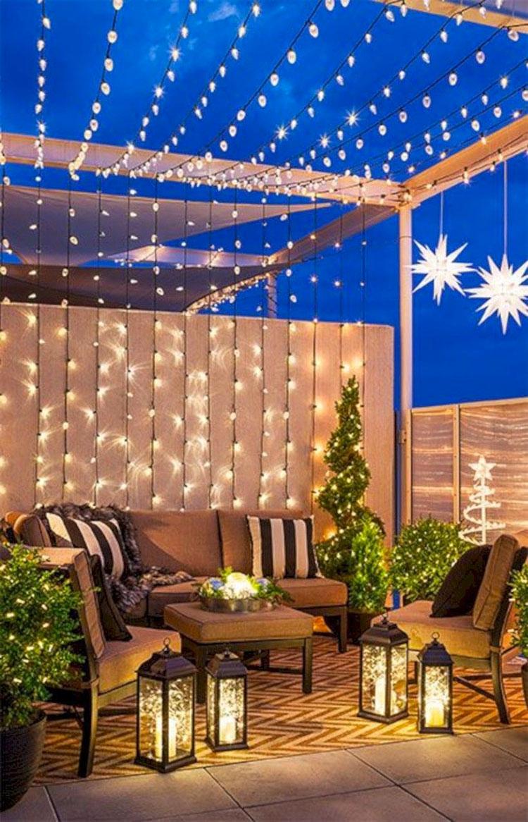 Idee per abbellire un terrazzo con le luci n.3
