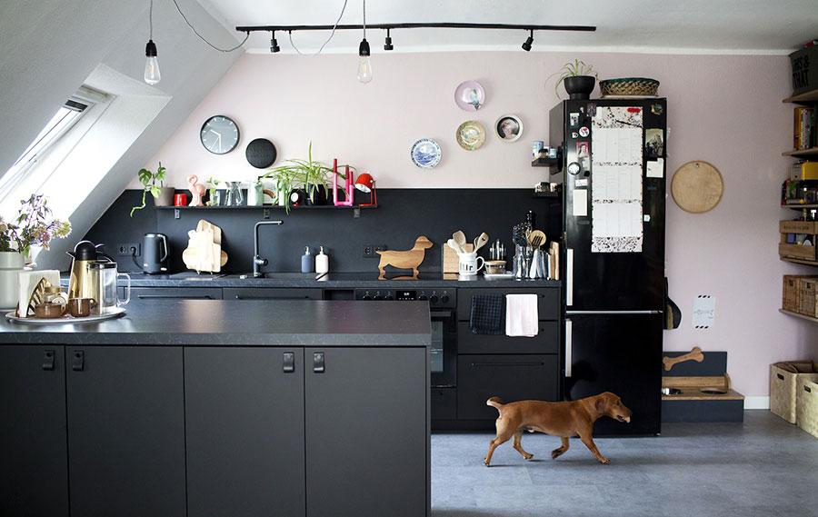 Idee per arredare la cucina in mansarda con Ikea n.01