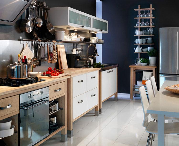 Idee per arredare una cucina piccola con Ikea n.21