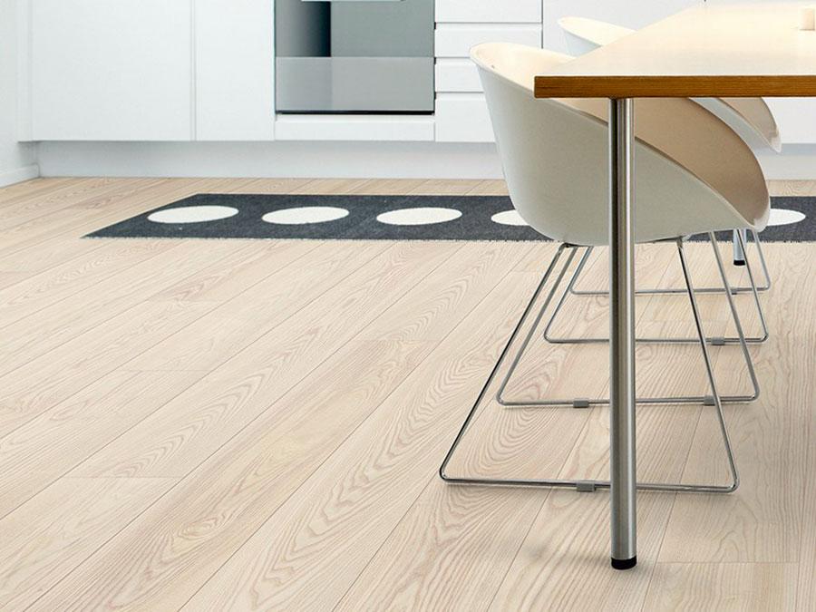 Modello di pavimento per cucina moderna in laminato 01