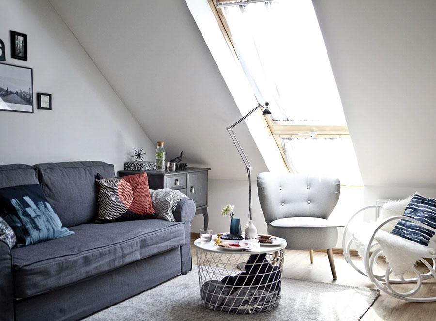 Idee per arredare il soggiorno in mansarda con Ikea n.01