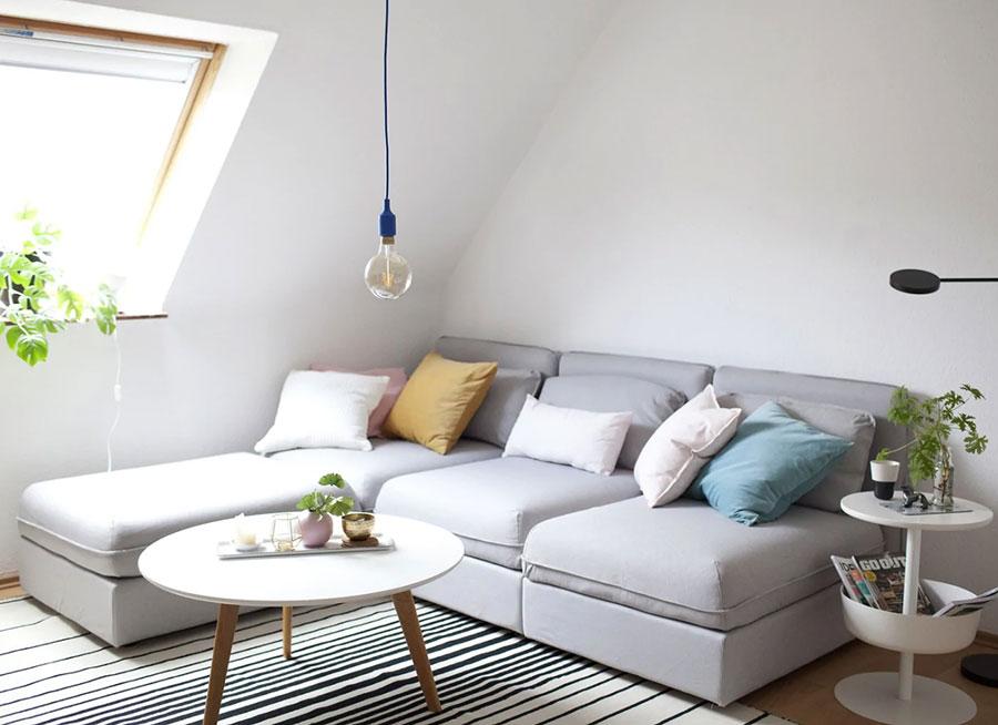 Idee per arredare il soggiorno in mansarda con Ikea n.04