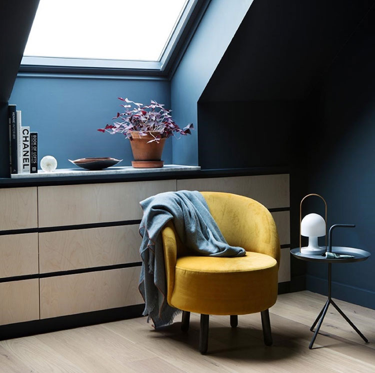 Idee per arredare il soggiorno in mansarda con Ikea n.08