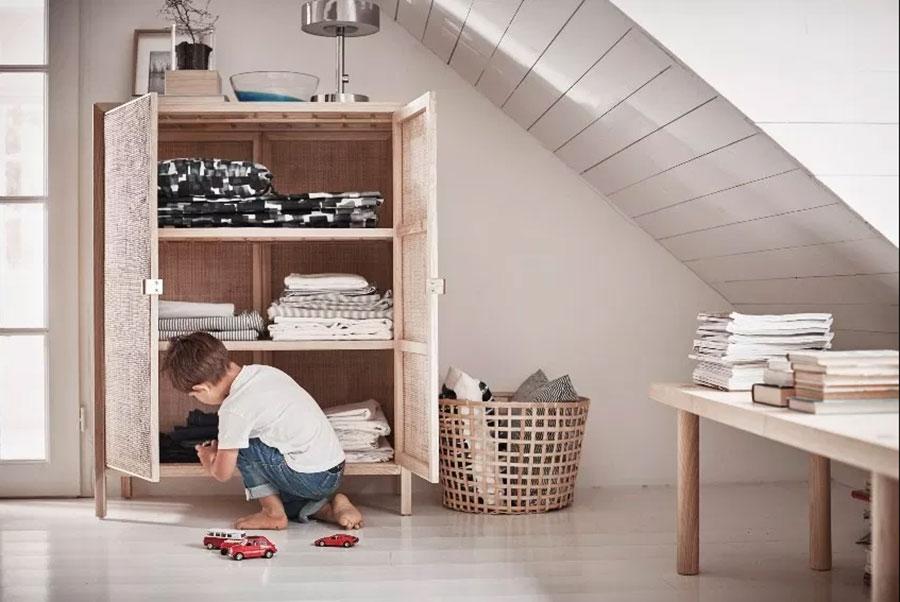 Idee per arredare il soggiorno in mansarda con Ikea n.11