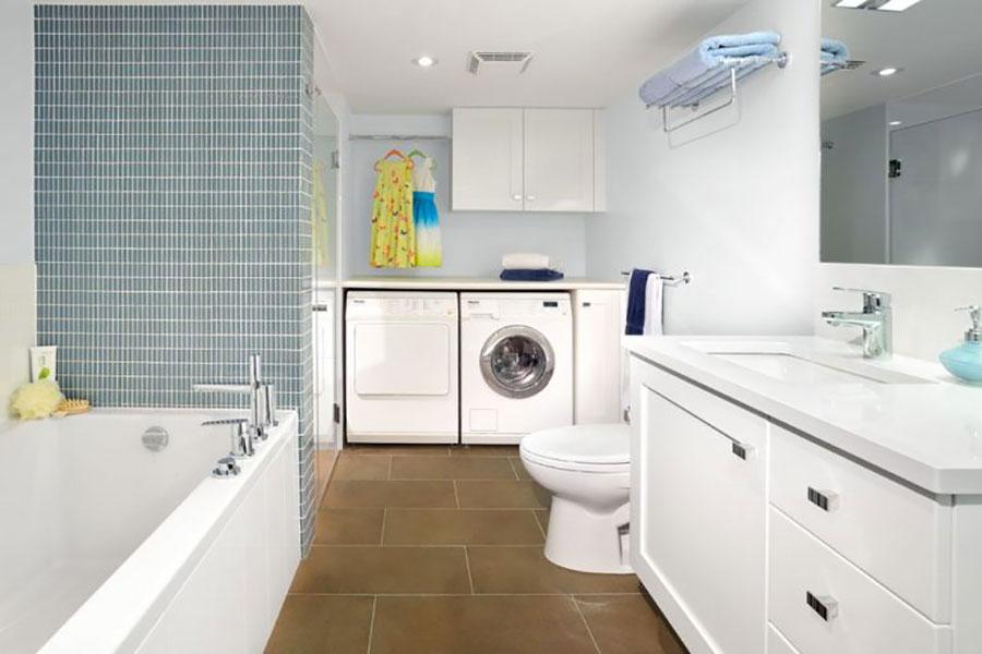Idee per creare un bagno con lavanderia incassata n.7