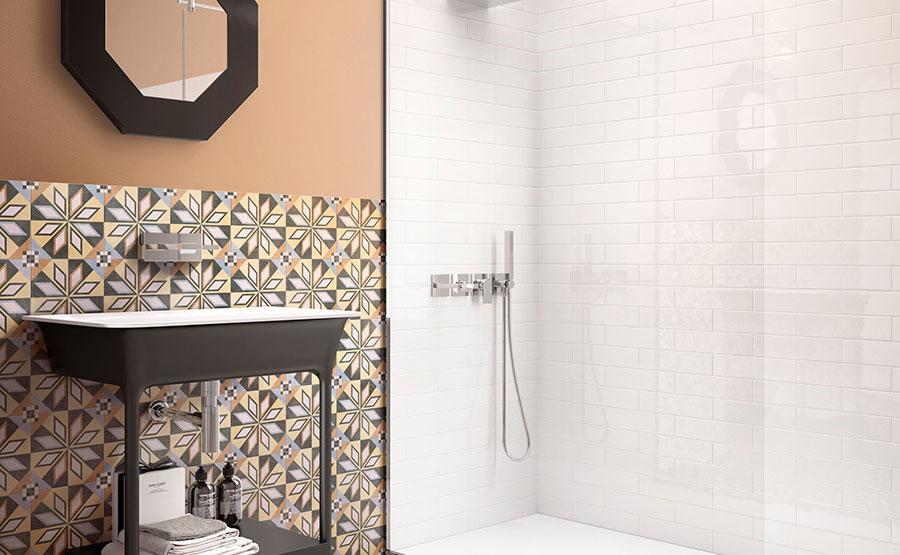 Idee per abbinare i colori in un bagno marroni 01