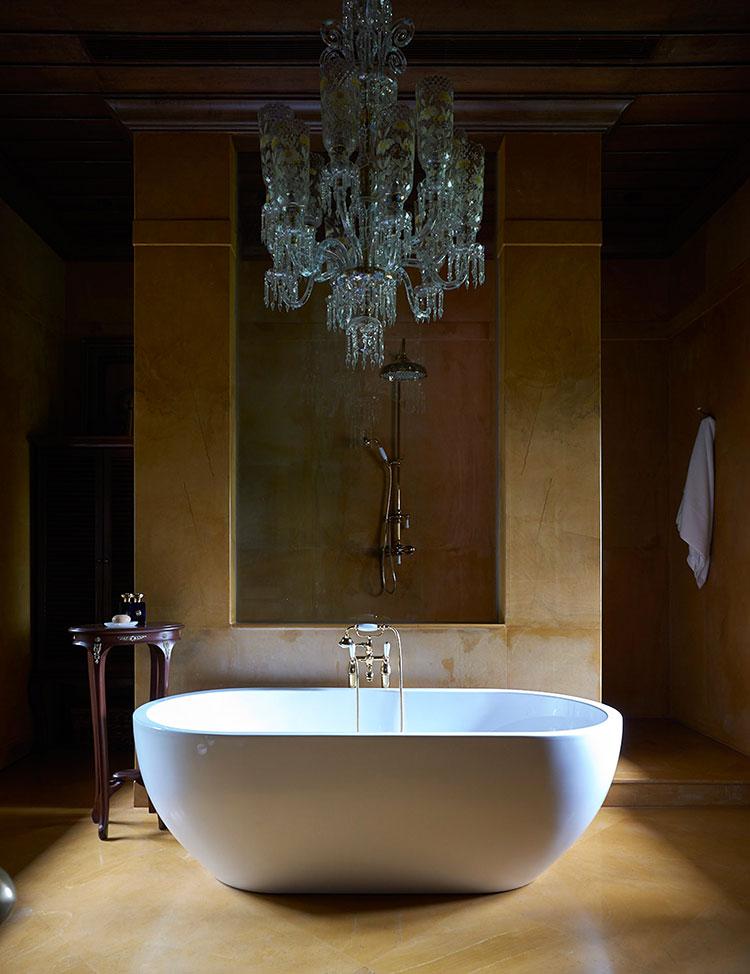 Idee per bagno con pareti marroni 06
