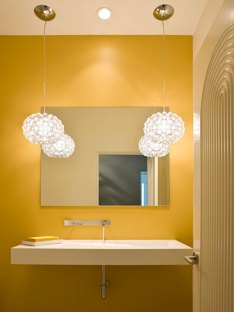 Colore di tendenza 2020 mellow yellow n.3