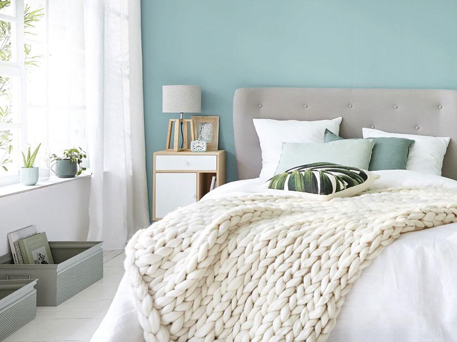 Colore di tendenza 2020 per pareti della camera da letto n.02