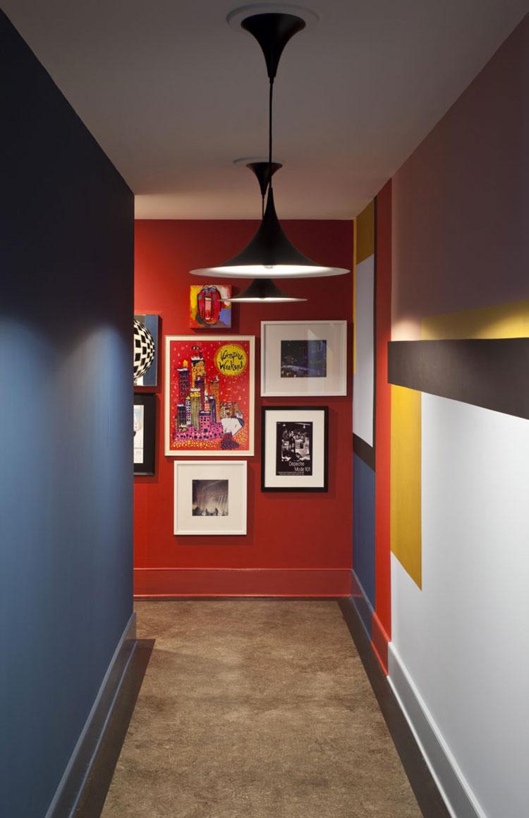 Idee per abbinare i colori in un corridoio 4