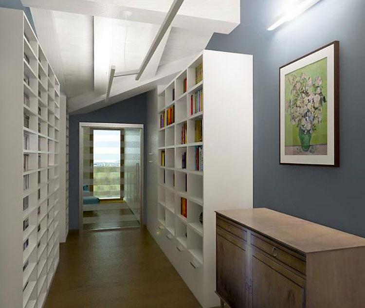 Idee per dipingere un corridoio blu 4