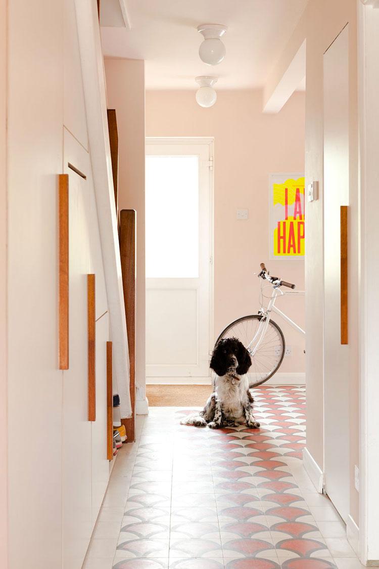 Idee per dipingere un corridoio rosa 3