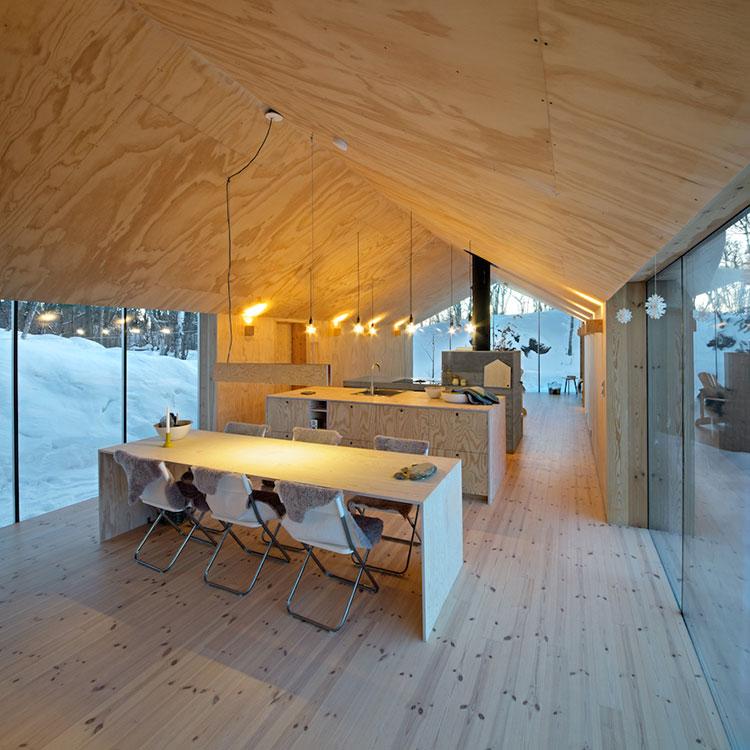 Idee per arredare una mansarda in legno moderna n.03