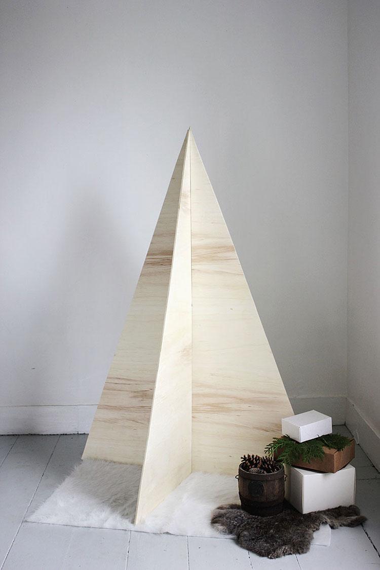 Modello di albero di Natale moderno fai da te n.06