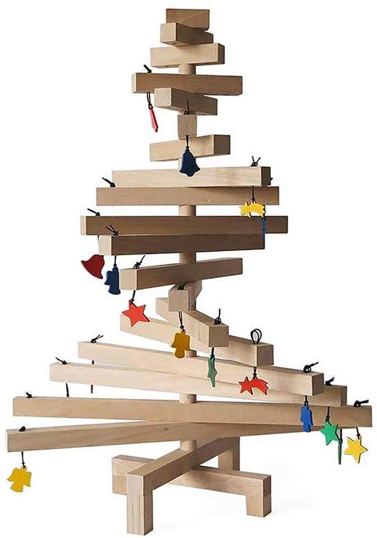 Modello di albero di Natale moderno in legno n.04